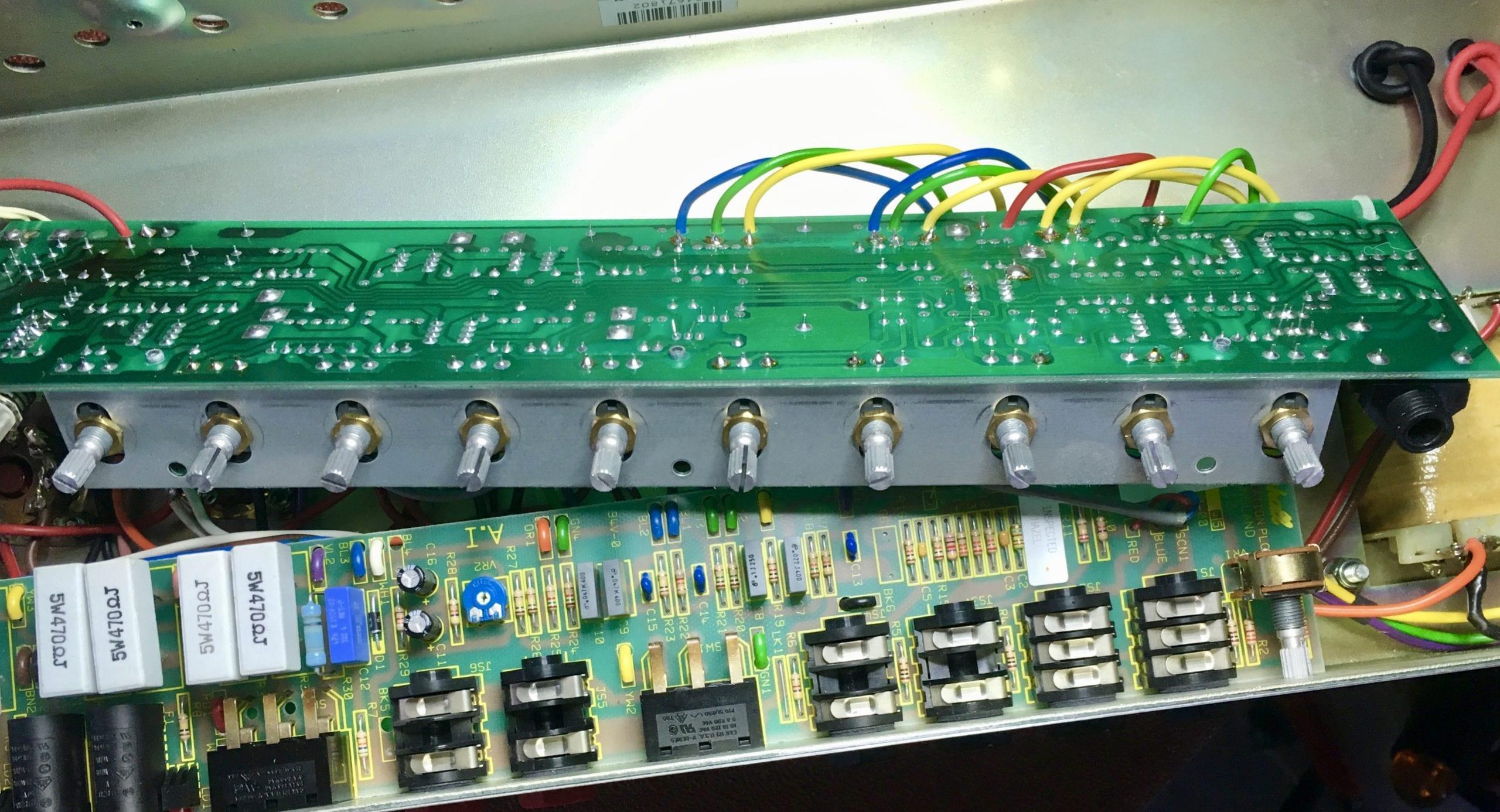 Marshall JCM900 Dis-assembled image