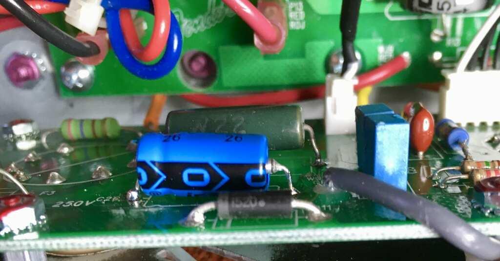 Fender Bassbreaker 007 EL84 biasing components image